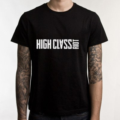 wide-black-shirt